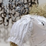 Press release (detail) - 2015 - Printed wedding dress, hay, bag